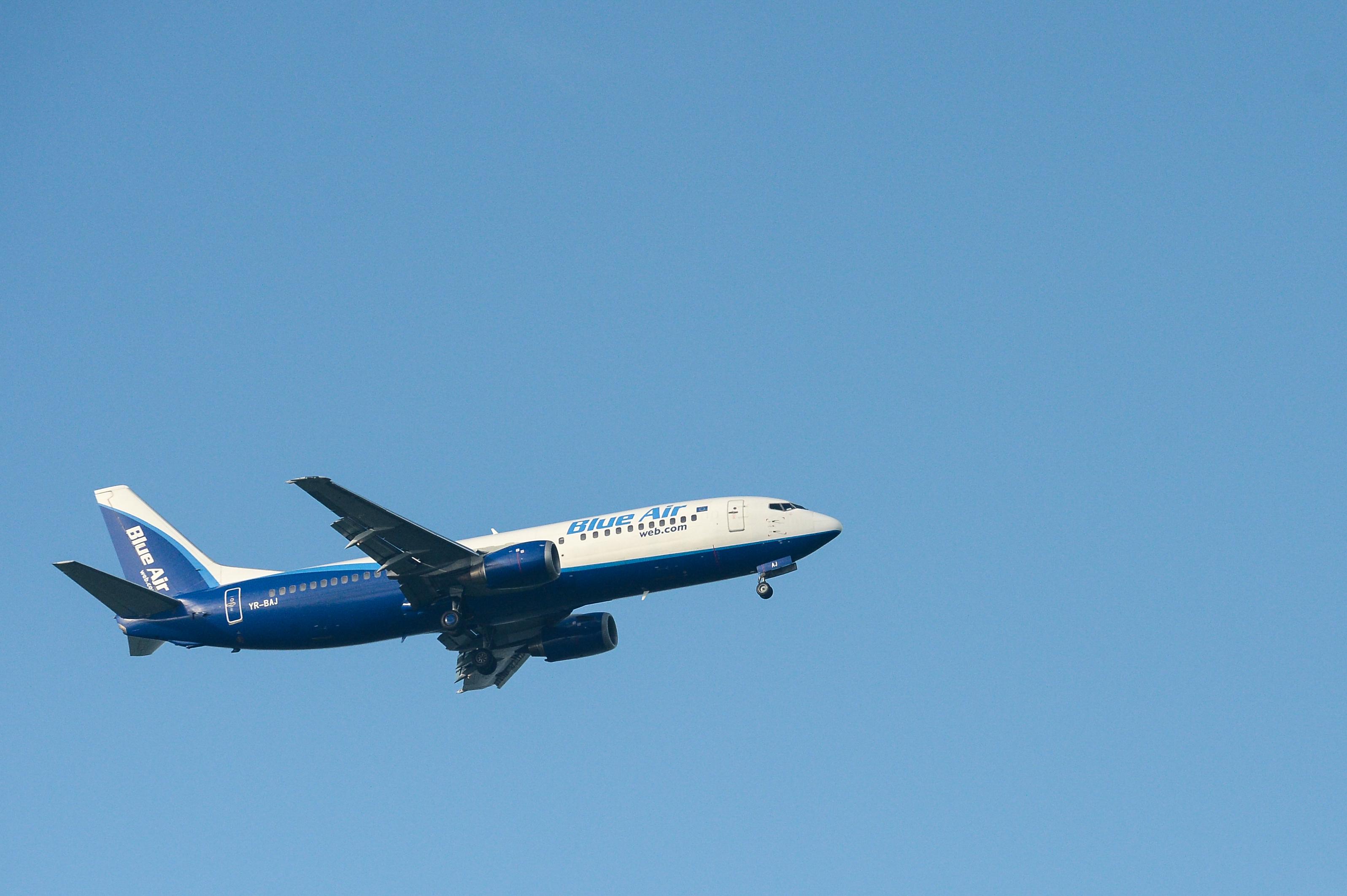 Două avioane ale companiei Blue Air s-au întors pe pista Aeroportului Bacău la scurt timp după decolare