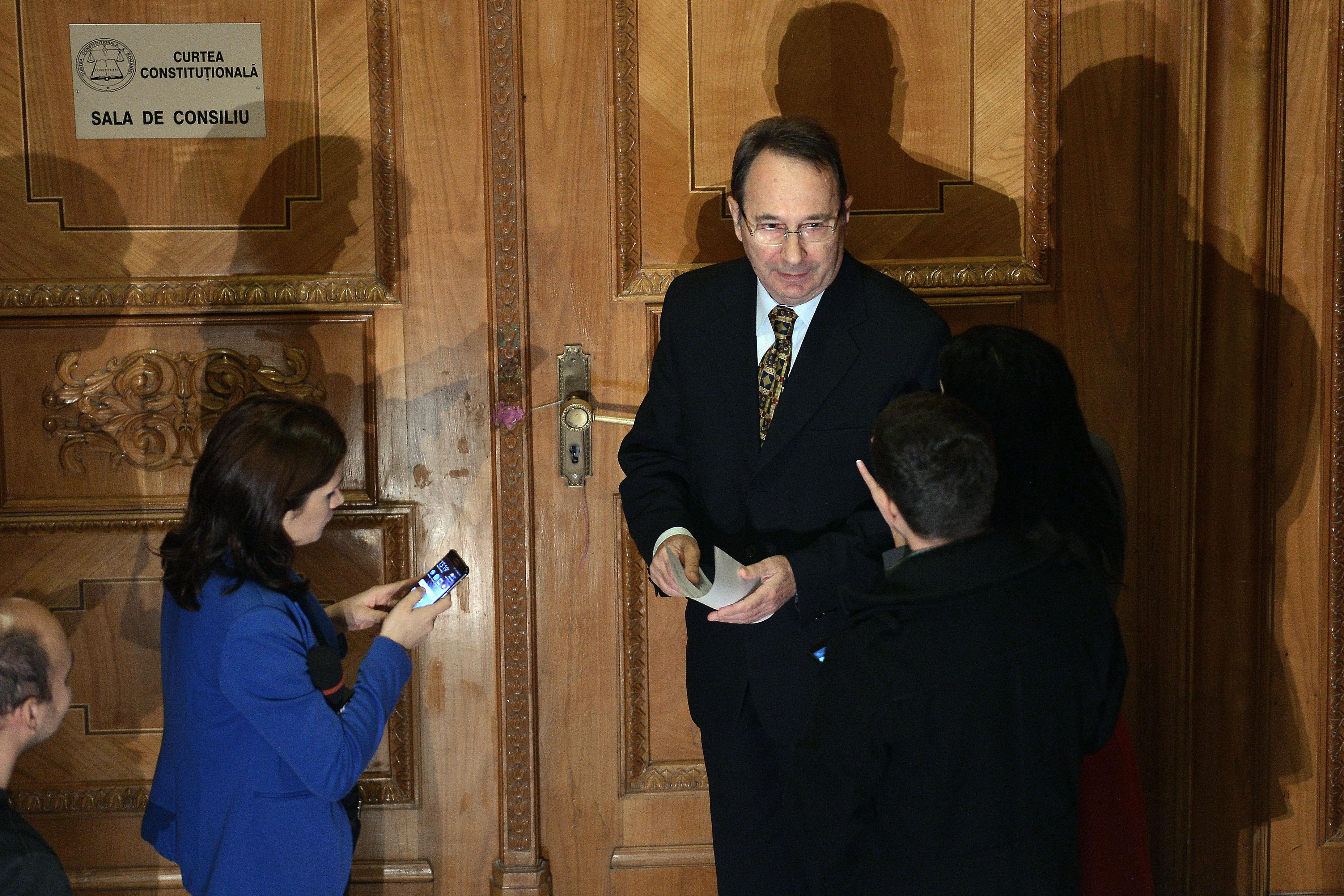 CSM: Declaraţiile preşedintelui CCR Valer Dorneanu, despre dosarul lui Dragnea, au afectat independenţa justiţiei. Afirmaţiile sunt revoltătoare