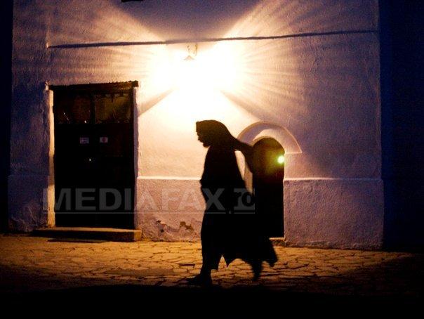 Hoţii au prădat o mănăstire din judeţul Constanţa şi au lăsat-o fără generatoare electrice