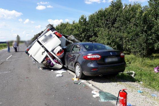 Imaginea articolului BREAKING | Zece răniţi într-un accident produs în Ungaria în care au fost implicate două vehicule din România