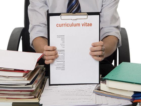 Imaginea articolului STUDIU: Doi din cinci angajatori găsesc cu greu candidaţii potriviţi pentru posturile libere