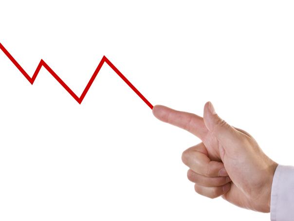 Radulescu, Banca Transilvania: Vom avea cel mai probabil �nca o scadere economica trimestriala, dupa datele din iulie