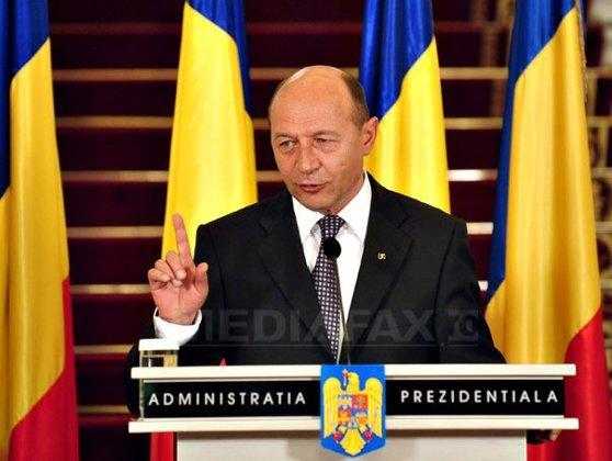 Imaginea articolului Băsescu: Am promulgat legea privind reducerea CAS