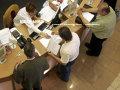 Imaginea articolului STUDIU: Un sfert dintre români nu au primit niciodată un serviciu de calitate