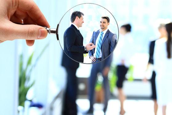 Imaginea articolului Criterii de care ţin cont companiile de recrutare atunci când stabilesc tarifele cu angajatorul