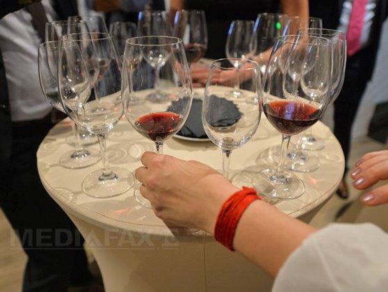 Imaginea articolului Producţia globală de vin scade din cauza condiţiilor meteo. 2016, cel mai slab an din ultimii 100