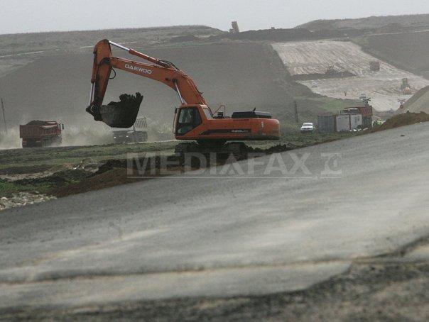"""Imaginea articolului Denivelare de teren pe autostrada Sibiu-Orăştie. CNAIR: """"Nu e pe tronsonul refăcut în regie proprie"""""""