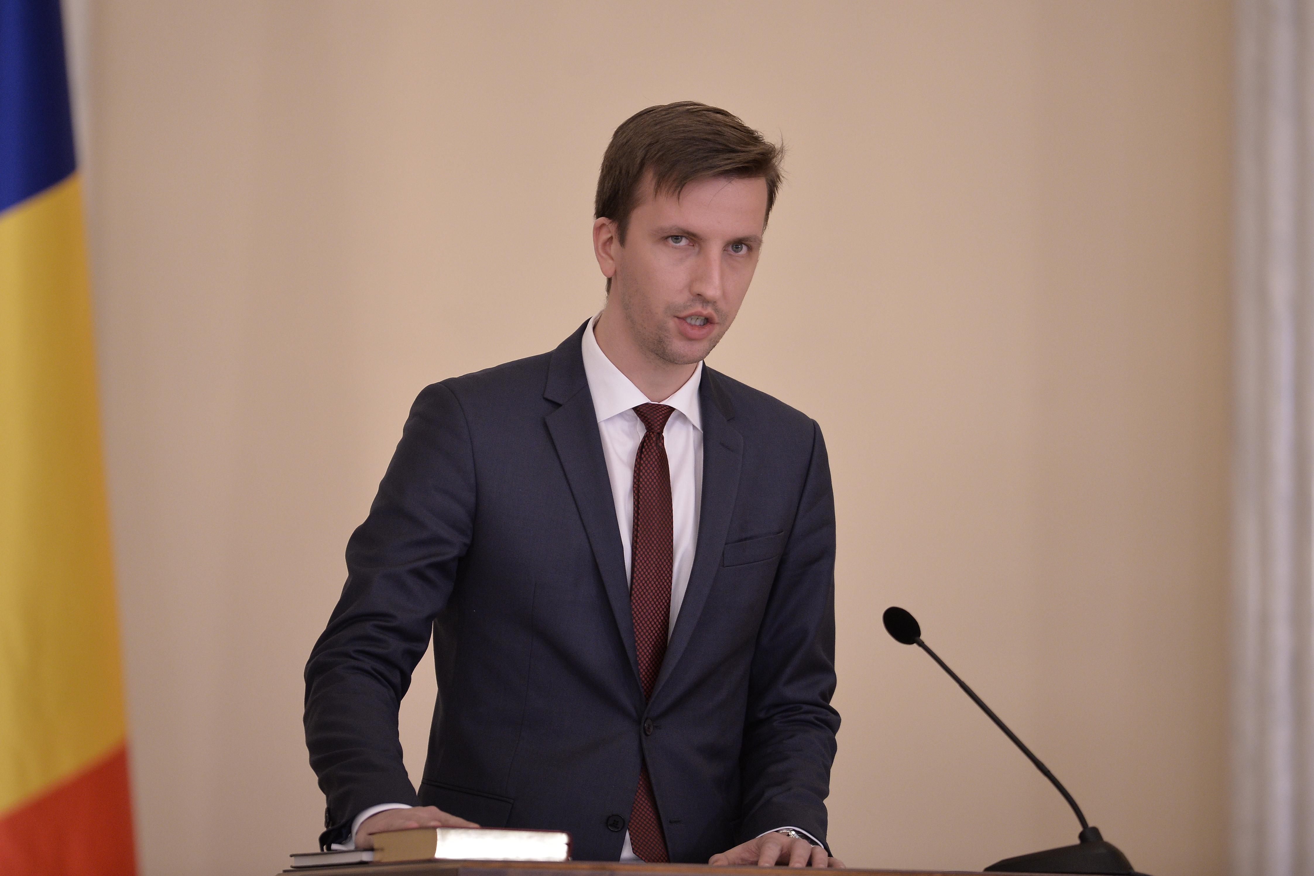 Augustin Jianu, ministrul Comunicaţiilor: Constituţia şi legile ţării trebuie respectate şi pe internet
