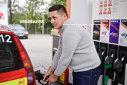 """Imaginea articolului Consiliul Concurenţei investighează de ce preţul carburanţilor din România depăşeşte media UE. Bogdan Chiriţoiu: """"Pentru noi este o evoluţie surprinzătoare"""""""