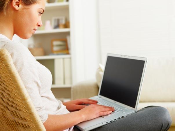 Imaginea articolului Jobul fără program, la care poţi munci când vrei şi cât vrei. Cum a câştigat această femeie 1 milion de dolari într-un an