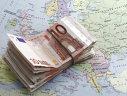 Imaginea articolului Euro-expresul ZDROBEŞTE dolarul ajutat de determinarea lui Merkel, de problemele lui Trump şi de încrederea în economia zonei euro