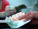Imaginea articolului O depreciere a leului în următoarele 12 luni, anticipată de peste 70% dintre analiştii financiari ai CFA. Până unde ar ajunge cursul euro/leu
