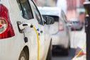 Imaginea articolului Maşinile electrice vor costa mai puţin decât cele pe benzină până în 2025