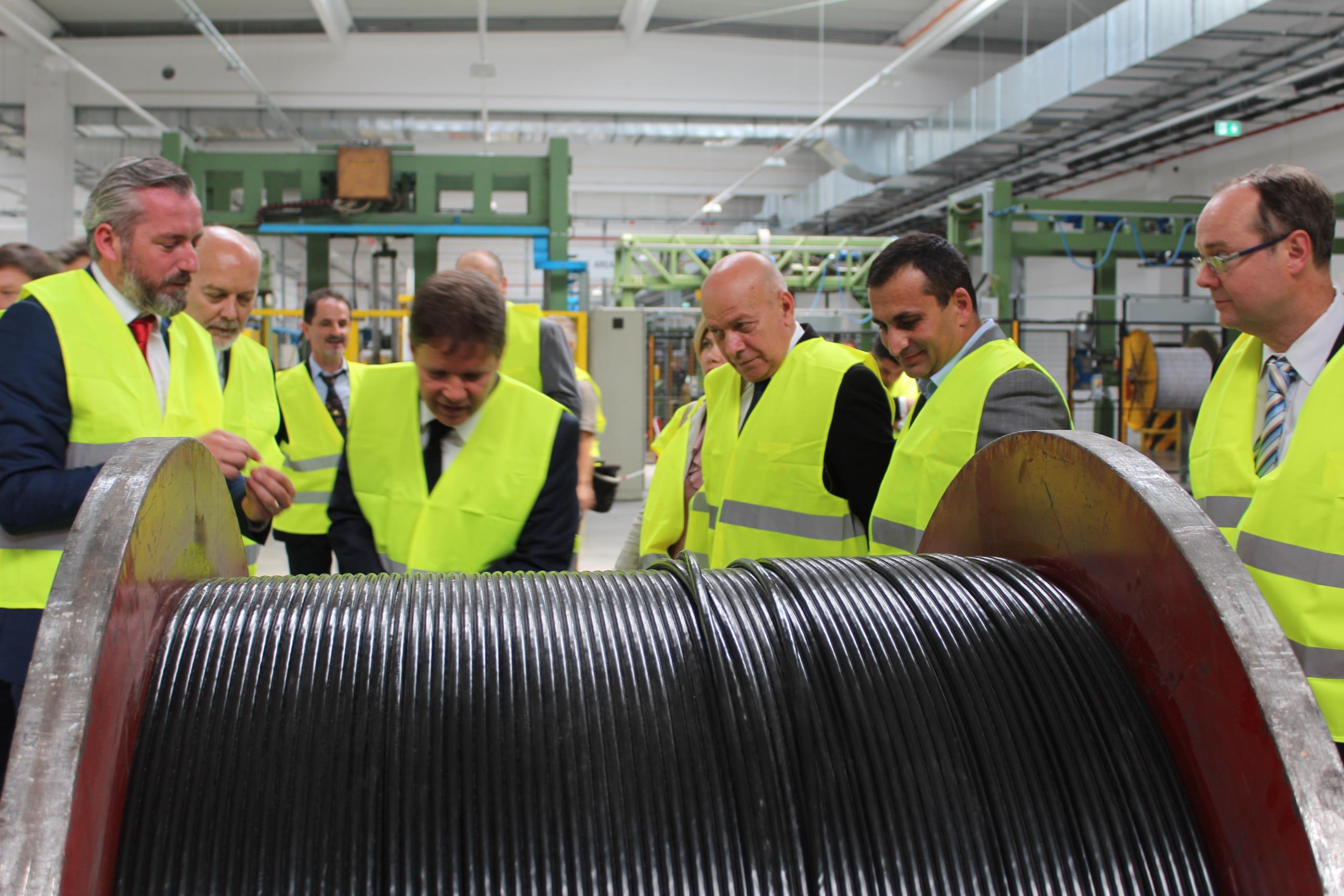GALERIE FOTO Cea mai mare fabrică de cabluri de fibră optică din Europa, inaugurată la Slatina