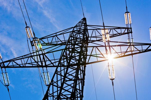 Imaginea articolului PREŢUL energiei electrice: Tarifele reglementate scad cu 5,1%, iar cele concurenţiale cresc cu 8,5. Cele două măsuri ar putea conduce la o majorare cu până la 8% a energiei facturate