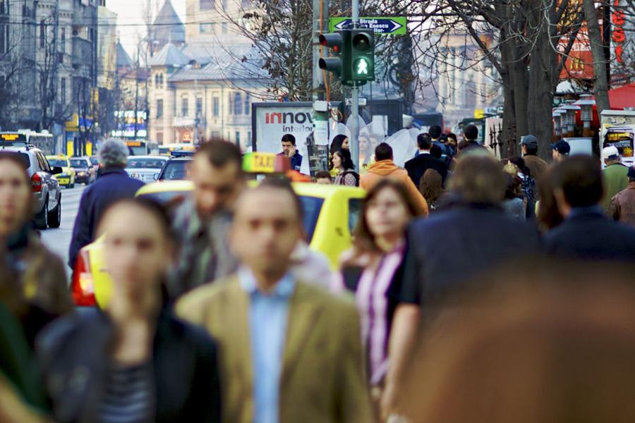 Unul din cinci angajatori din România plănuieşte să-şi sporească numărul de angajaţi