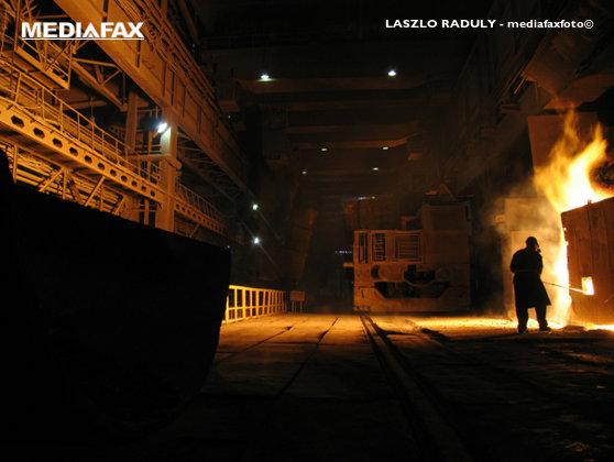Imaginea articolului ANALIZĂ: Industria metalurgică, un indicator sensibil al evoluţiei economiei reale, la cel mai scăzut nivel din ultimii ani. Peste 100 de companii au dispărut de pe piaţă