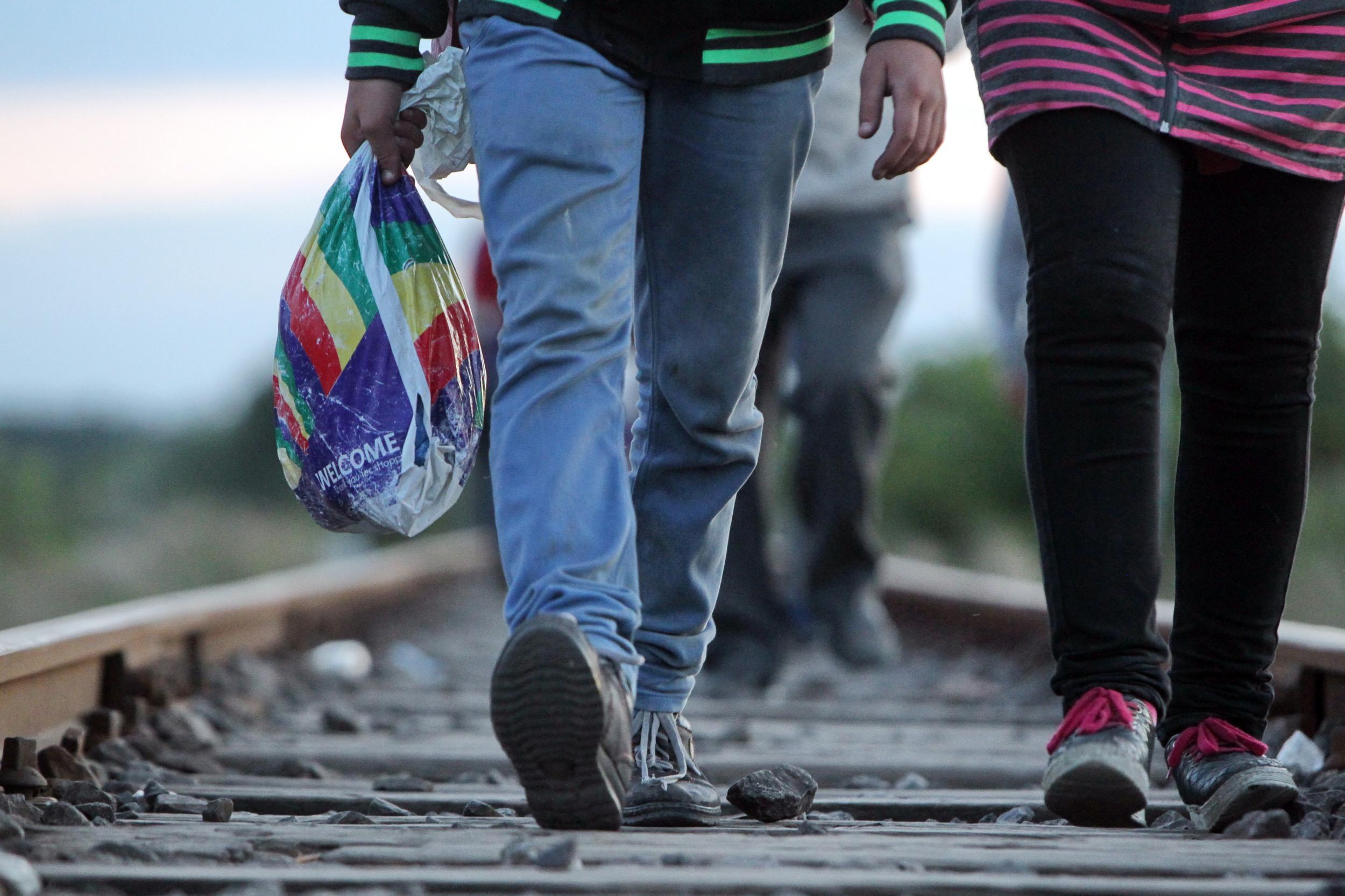 COMENTARIU Mai spuneţi încă o dată, câţi refugiaţi urmează să primim?
