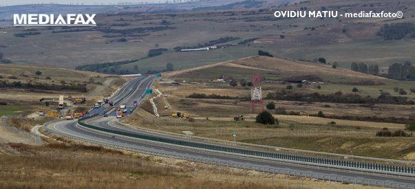 Imaginea articolului CNAIR: În 2017 au fost daţi în folosinţă 15,4 kilometri de autostradă, alţi 21 km sunt aproape gata