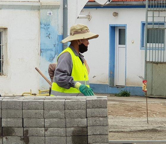 Imaginea articolului Muncitori aduşi din Vietnam pentr a lucra la pavaje în România
