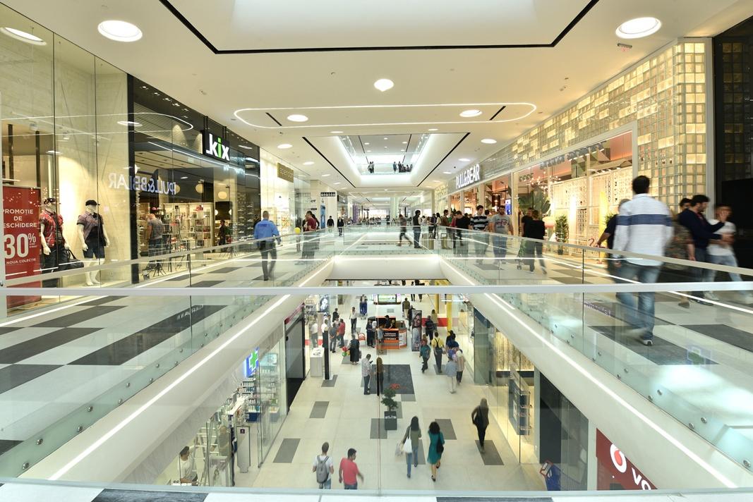 Mai Multe Mall Uri Din Bucuresti Si Din ţară Isi Reduc Programul
