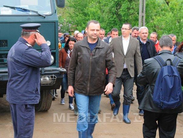 Premierul Ponta pleaca �n judetul Gorj, grav afectat de inundatii