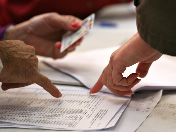 ALEGERILE PREZIDENŢIALE: Prezenta la vot va fi monitorizata �n toate sectiile de votare
