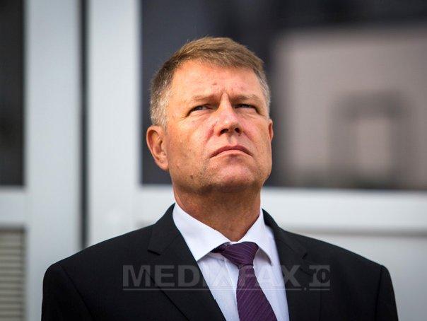 Iohannis, �n Suceava: Ponta este un om manevrat de structuri, un om al gastilor de partid