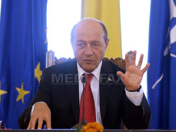Basescu: Ucraina sa gaseasca resurse pentru a plati datoriile la gaze. Nu poate cere bani zilnic