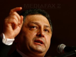 Vanghelie: Ponta să plece acasă. Am să fac toate demersurile până când va pleca din fruntea Guvernului