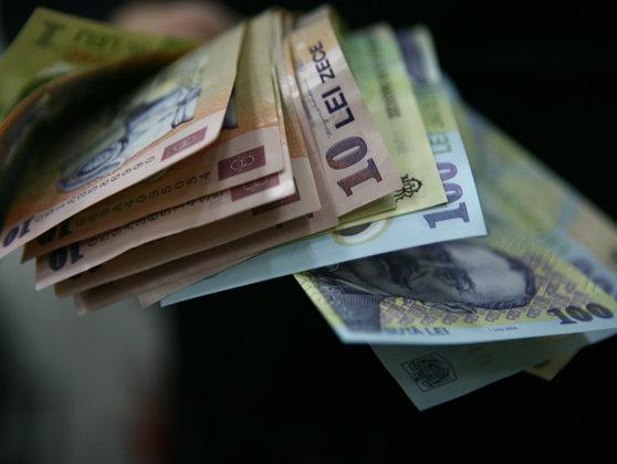 Imaginea articolului Guvernul anulează datorii din reîncadrarea veniturilor la profesii liberale şi unele obligaţii CASS