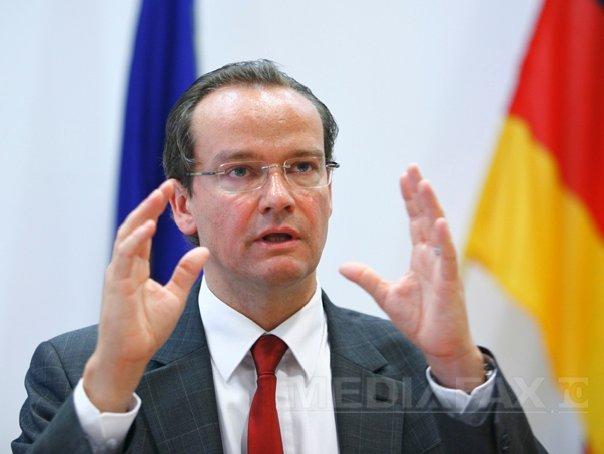 Preşedintele Comisiei pentru Afaceri Europene din Bundestag crede că Ponta ar trebui să demisioneze