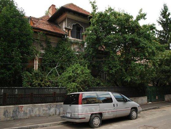 Imaginea articolului Guvernul amână data soluţionării cererilor de restituire a terenurilor preluate abuziv în perioada regimului comunist