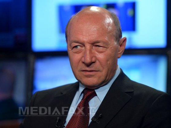 Imaginea articolului Băsescu: Mă îngrijorează întârzierea expertizei privind incendiul din clubul Colectiv. Ceva nu bate