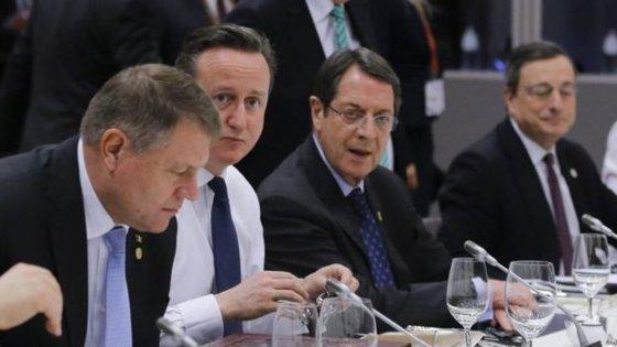 Imaginea articolului Iohannis despre acordul cu M. Britanie: Suntem foarte bucuroşi că negocierile au dat acest rezultat. Termenii conveniţi privind prestaţiile sociale şi alocatiile copiilor pentru lucrătorii din alte state UE