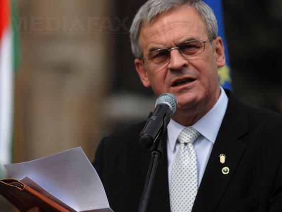 Imaginea articolului Europarlamentarul Tőkés i-a scris preşedintelui Iohannis: Cei condamnaţi pentru corupţie au fost supuşi aceluiaşi procedeu?