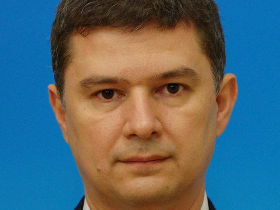 """Imaginea articolului UNPR: Valeriu Steriu a devenit preşedinte, Gabriel Oprea, presedinte fondator. Omagii şi aplauze pentru Onţanu, """"părintele fondator"""": Vă iubim!"""