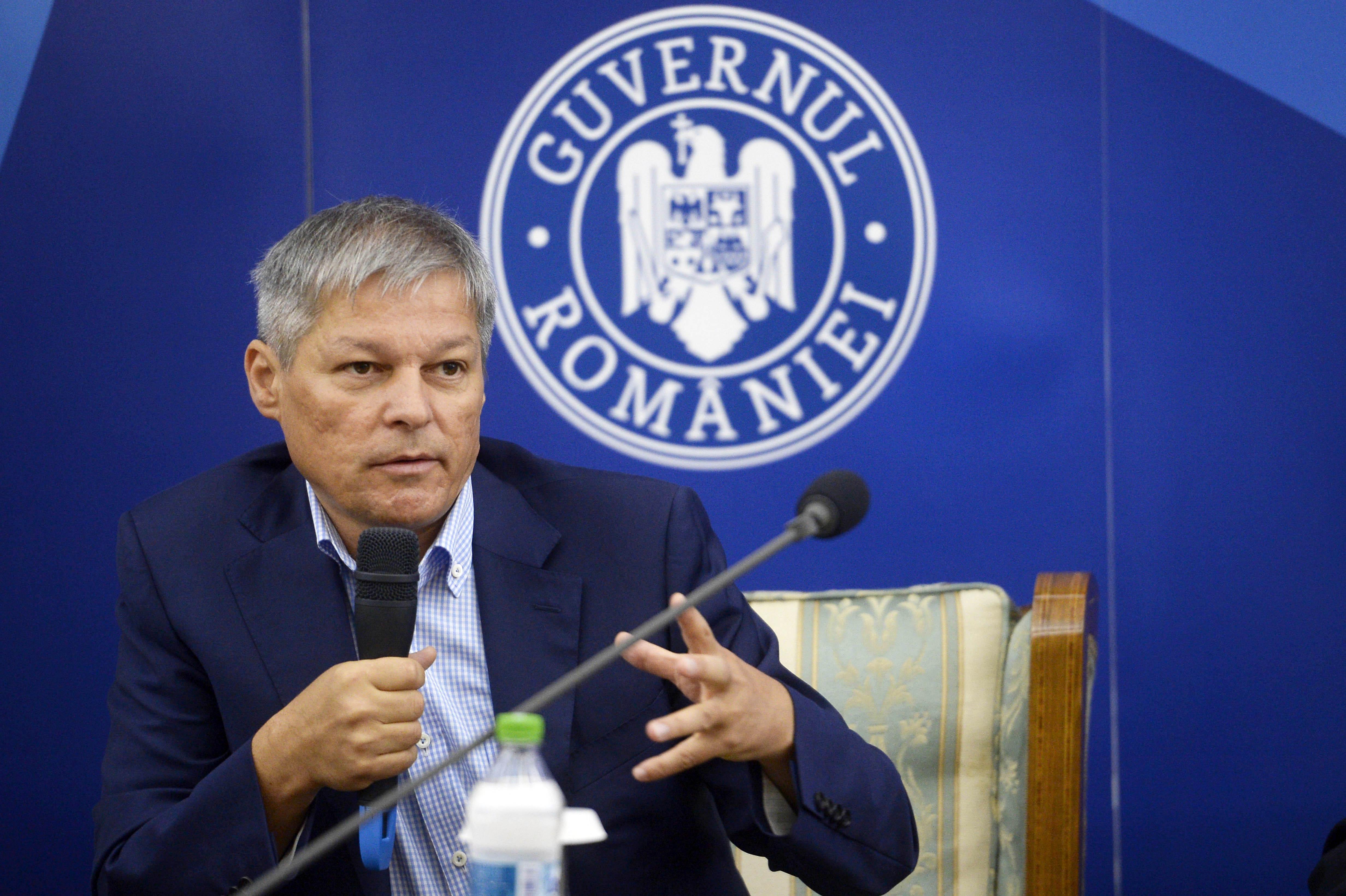 Premierul Cioloş şi ministrul Muncii se află în Italia unde se întâlnesc cu românii răniţi în cutremur