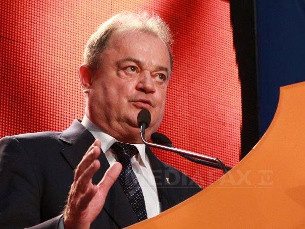 Vasile Blaga va face o propunere de copreşedinte PNL. Alegerea unui preşedinte unic, riscantă