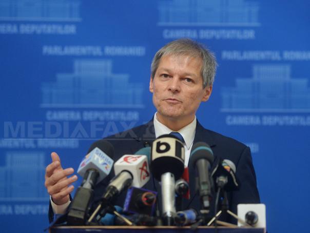 """Imaginea articolului Dacian Cioloş: Nu este nicio """"gaură"""" în bugetul pe 2016. Deficitul a fost mai mic decât cel estimat"""