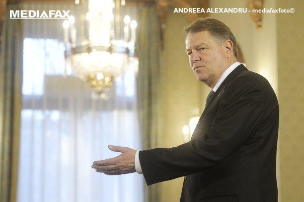 Imaginea articolului Iohannis despre cele 80 de milioane de euro amendă CEDO: Nu există aşa ceva, calcul pe colţul mesei