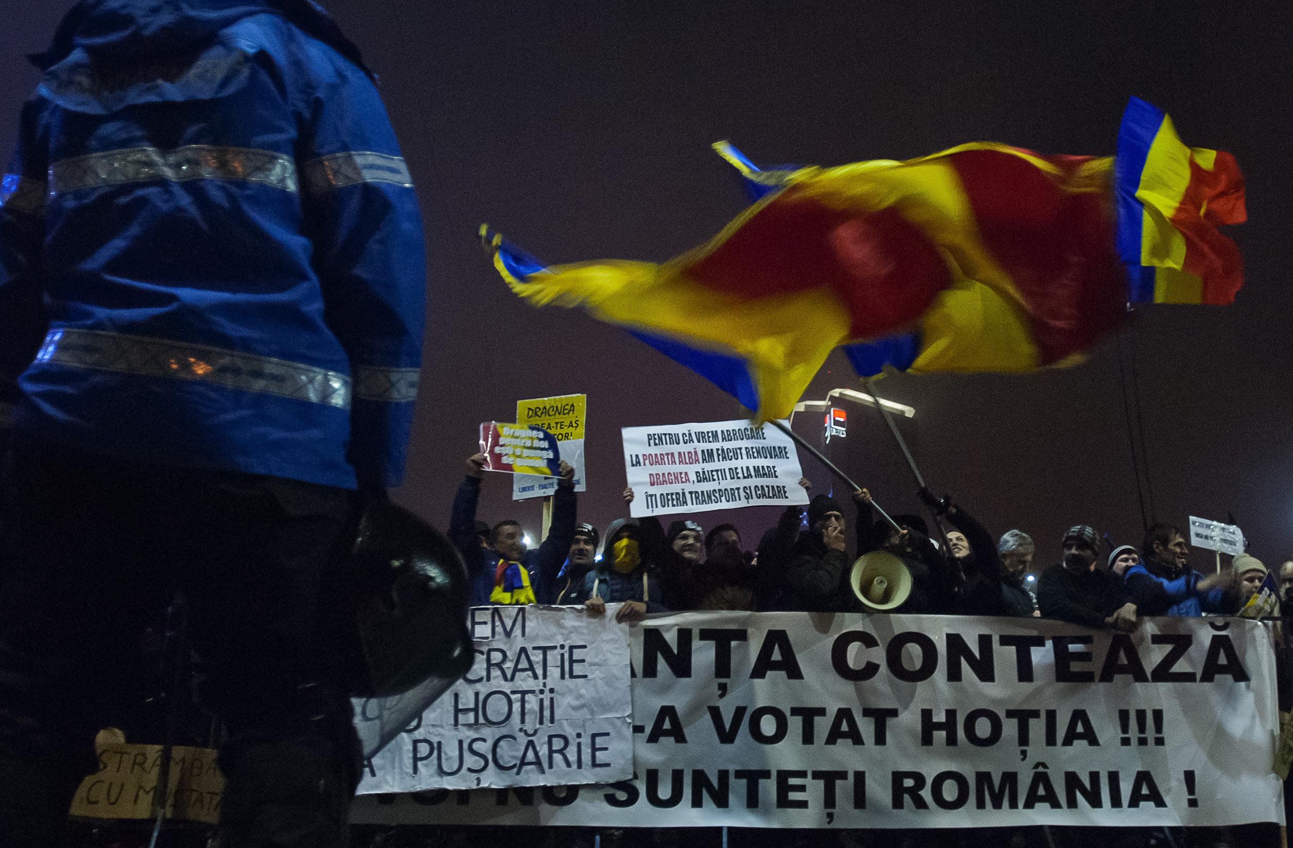 Liviu Dragnea: Aştept în continuare informaţii de la Adrian Ţuţuianu pe implicarea multinaţionalelor în proteste