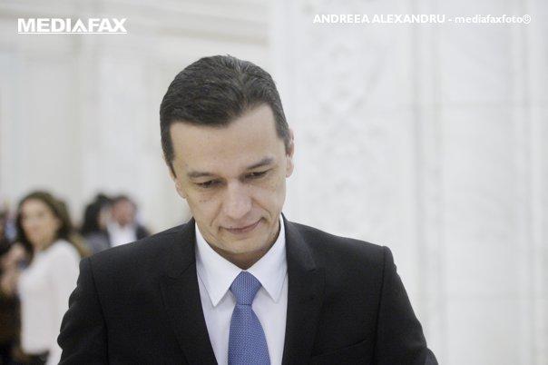 Imaginea articolului Sorin Grindeanu, despre prezenţa unor miniştri la DNA: Mi se pare un pic ciudat/ Premierul spune că nu a fost invitat la sediul DNA