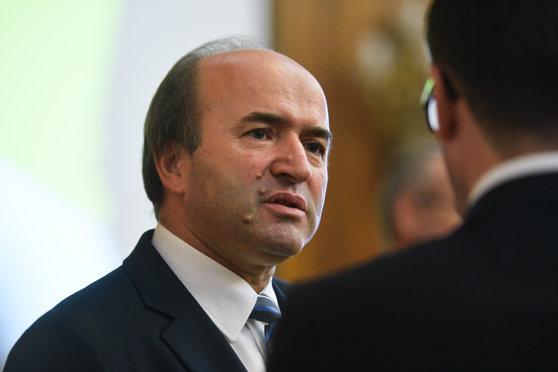 Imaginea articolului Liviu Dragnea: Nu i se va solicita lui Tudorel Toader să se înscrie în PSD. Nu am vorbit cu el până azi