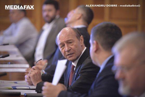 Imaginea articolului Traian Băsescu: Cei care au dus vocea străzii în PE privind Ordonanţa 13, au greşit. Liiceanu, patetic