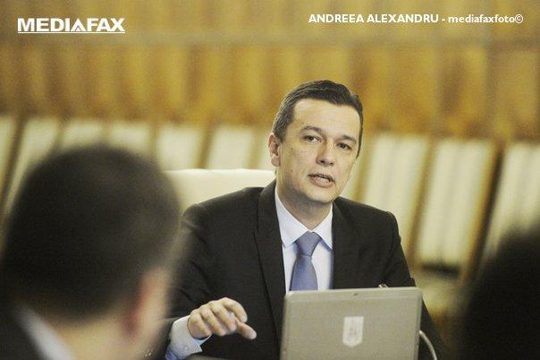 Imaginea articolului Sorin Grindeanu: Am discutat cu ANAF eventualele propuneri legislative pentru îmbunătăţirea activităţii/ Ce spune premierul despre zvonurile privind demiterea ministrului finanţelor
