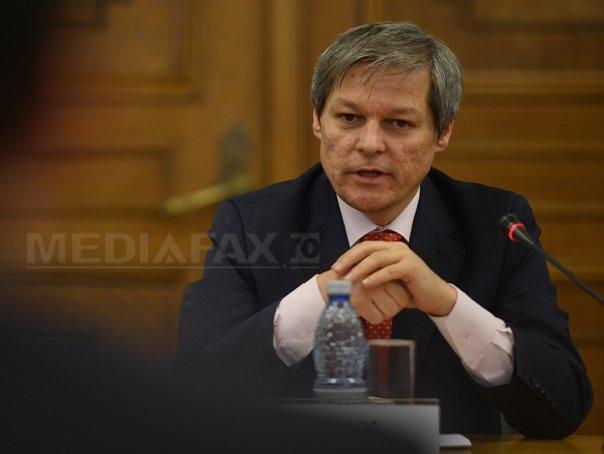 Imaginea articolului Dacian Cioloş: Cu tot respectul faţă de funcţia de director al SIE, nu am fost şi nu sunt interesat