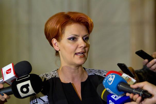 Lia Olguţa Vasilescu, ministrul demisionar al Muncii, despre numirea lui Ponta: O procedură ilegală. E un fel de secretar, ne pune acte în faţă