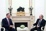 """DODON şi-a ieşit din minţi după ce Băsescu l-a numit """"PUDELUL"""" lui Putin. Cu ce acuzaţii a venit preşedintele Republicii Moldova pentru a contracara IRONIA"""