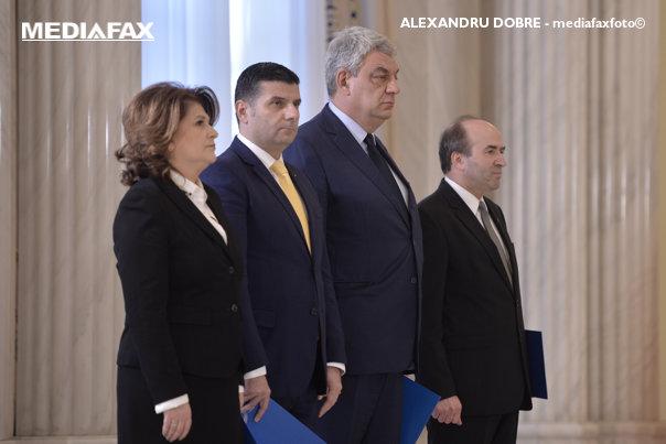 Imaginea articolului Lista cu posibilii miniştri ai noului Guvern. Cabinetul Tudose va avea altă structură, dar şi o serie de nume noi. Dragnea, despre schimbarea lui Tudorel Toader: Cred că sunt surse proaste